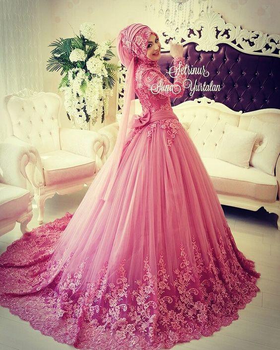 صورة صور عروس , فساتين محجبات زفاف ملونة روعة
