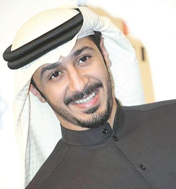 صور صور حمد العماني , خلفيات الممثل و اللاعب الكويتي