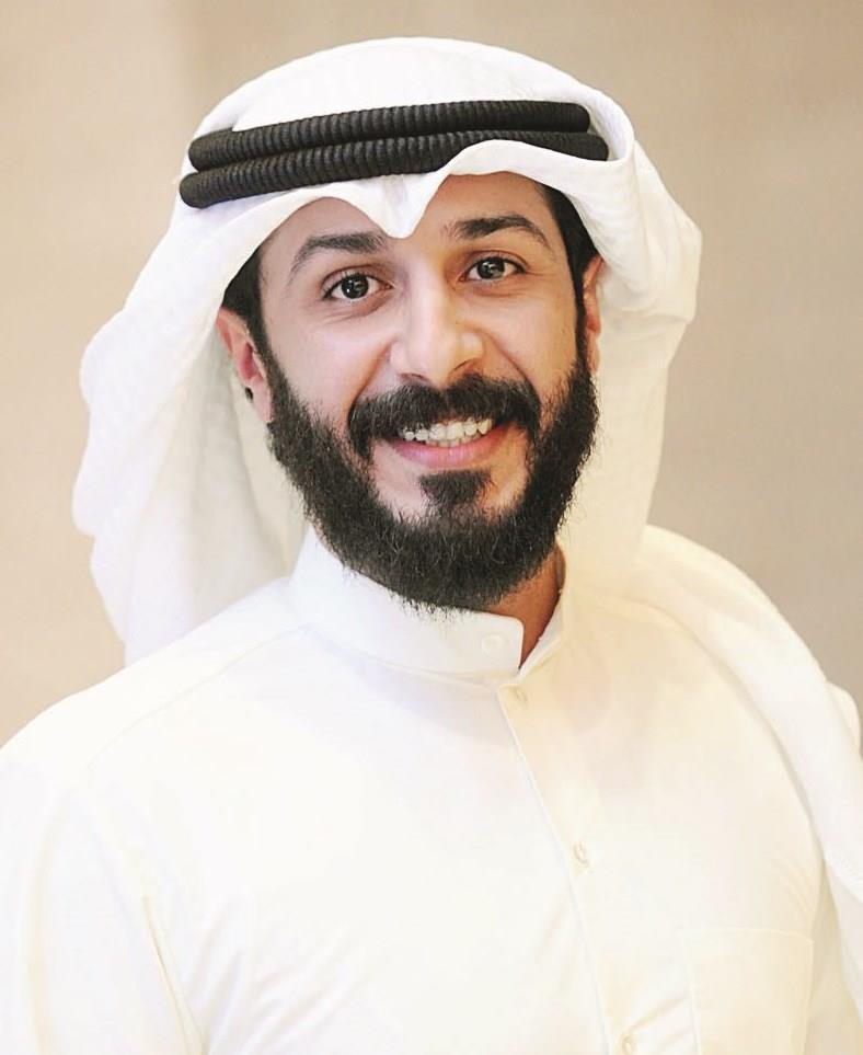 بالصور صور حمد العماني , خلفيات الممثل و اللاعب الكويتي 1052 3