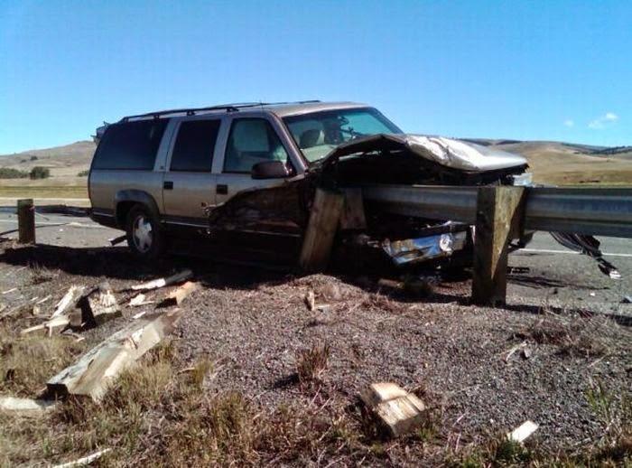 بالصور صور حوادث سيارات , صورة سيارات مدمرة من حوادث الطرق 1228 4