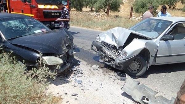 بالصور صور حوادث سيارات , صورة سيارات مدمرة من حوادث الطرق 1228 5