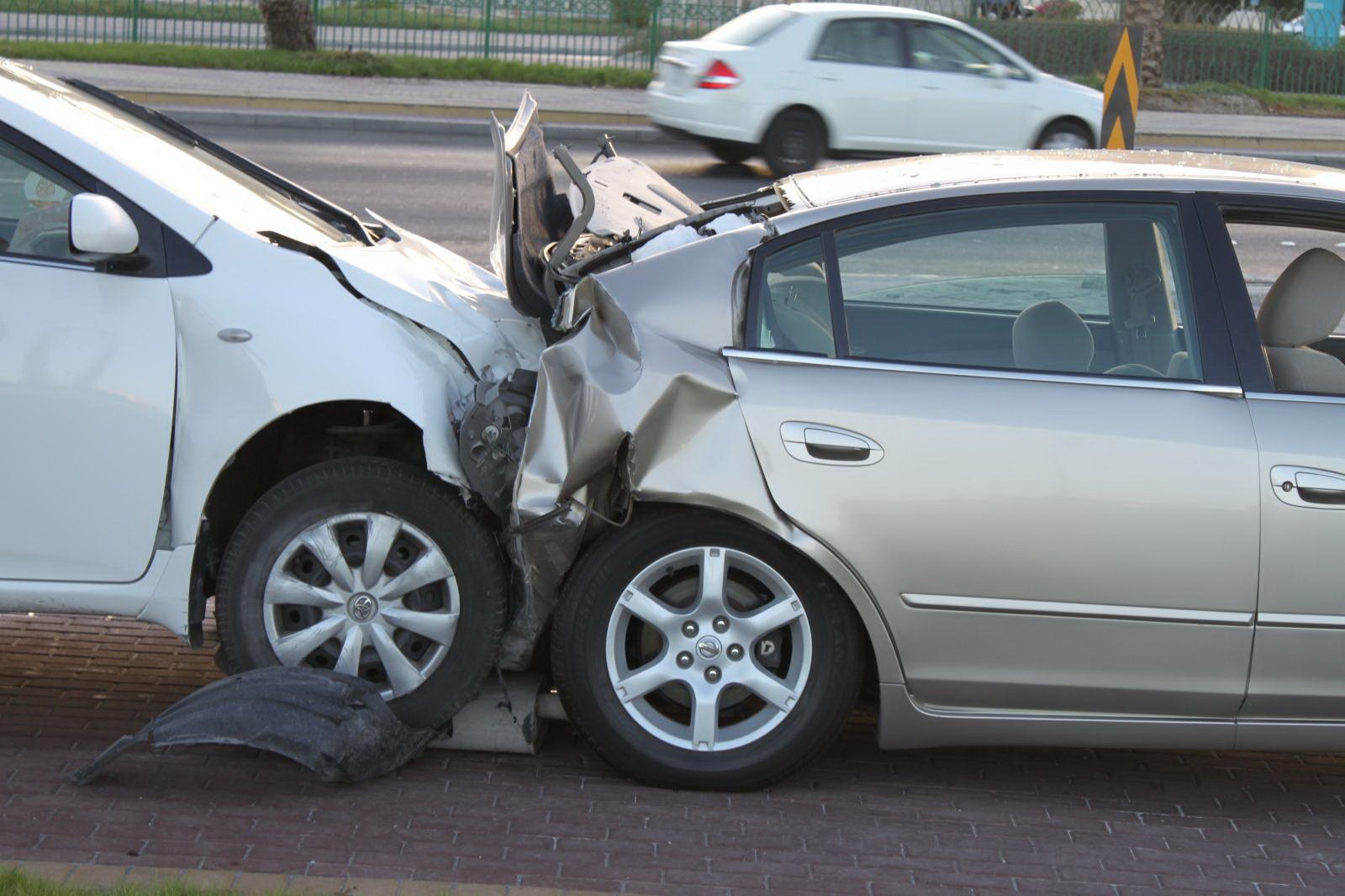 بالصور صور حوادث سيارات , صورة سيارات مدمرة من حوادث الطرق