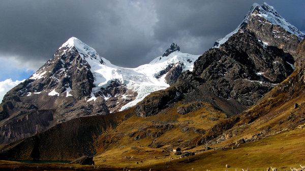 بالصور صور جبال , شاهد مناظر للجبل في اكثر من مكان 1243 2