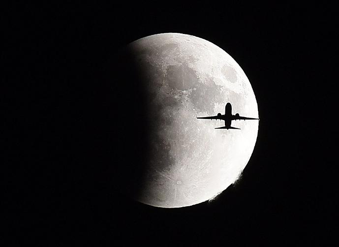 بالصور صور خسوف القمر , صورة واضحه ل خسوف القمر 1712 1