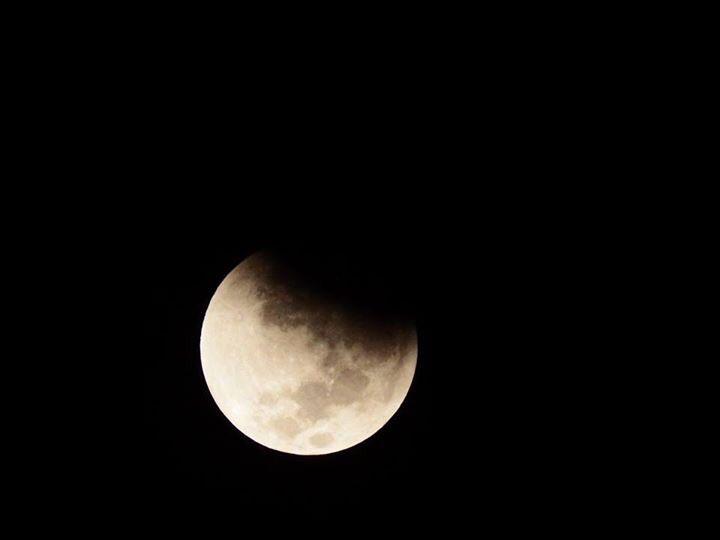 بالصور صور خسوف القمر , صورة واضحه ل خسوف القمر 1712 5