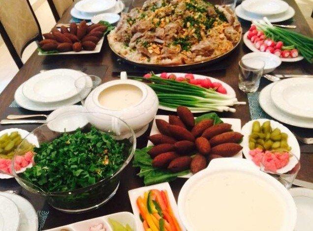 صوره صور سفرة طعام , احلى اشكال طاولات الطعام