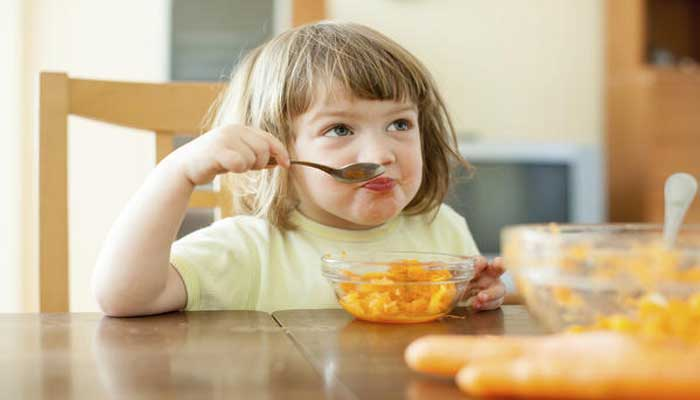 صورة فوائد الحلبة للاطفال , اهمية تناول كوب حلبة يوميا للاطفال