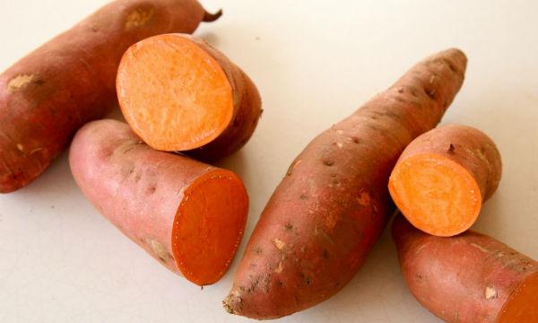 صورة فوائد البطاطا للوجه , استخدمي البطاطا للحصول علي بشرة بيضاء