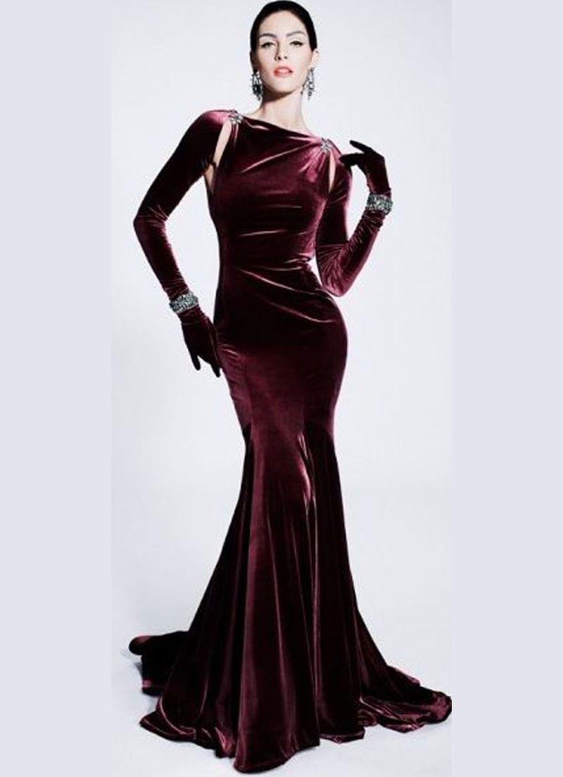 fe04e2988bc44 فستان قطيفة بكم طويل. صور فساتين قطيفه باكمام طويله