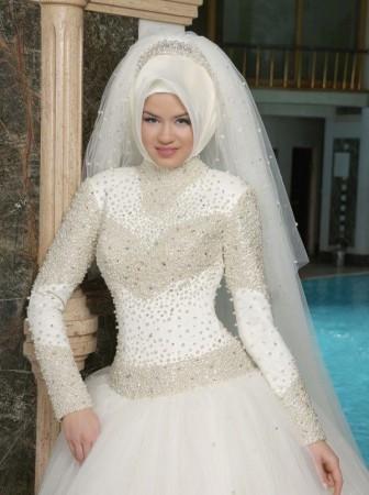 بالصور صور فساتين زفاف محجبات , اجمل فساتين بيضاء للعرائس 5161 8