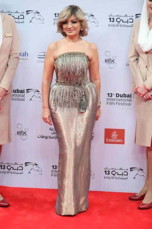صورة فساتين المشاهير في مهرجان دبي , فساتين خطيرة