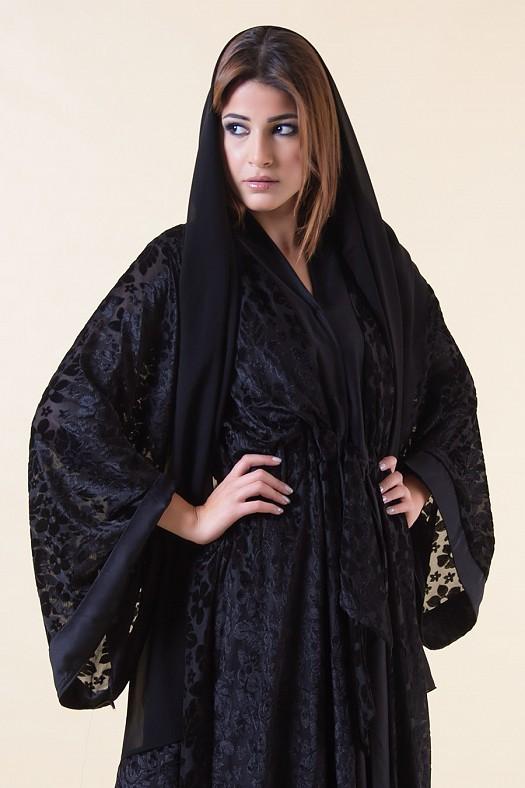 بالصور عبايات اماراتية فخمة عبايات اماراتيه كشخه , احلى عبايات رهيبه 5593 3