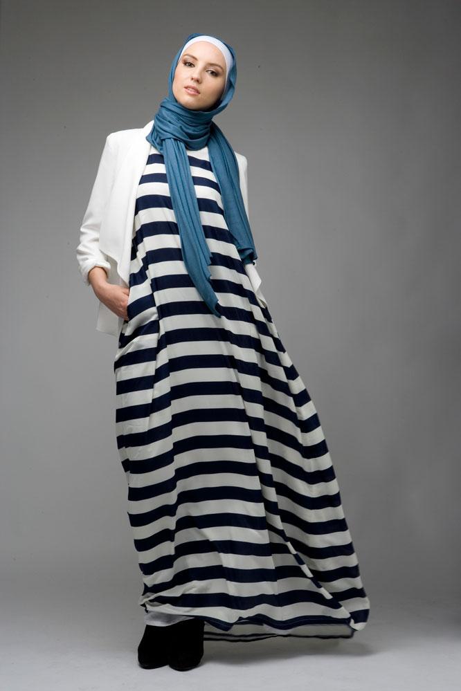 صورة ملابس محجبات ابيض واسود , ارقي الازياء للصبايا