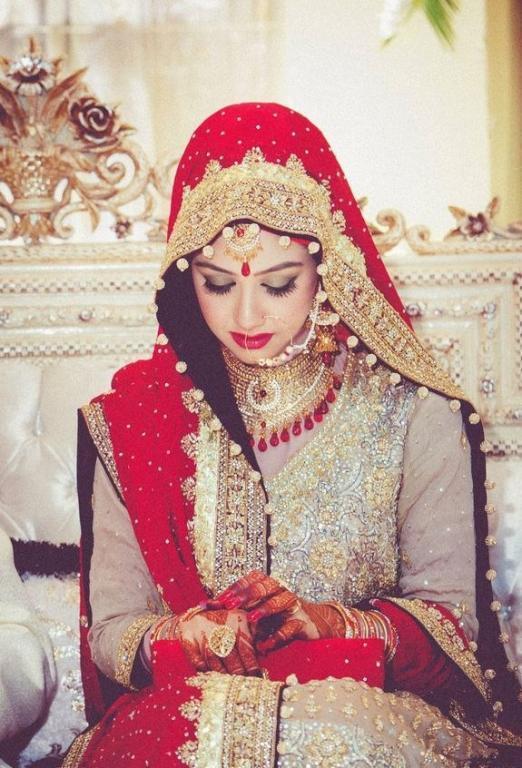 صورة ملابس هندية ساري , اطلالات غير عادية جذابة