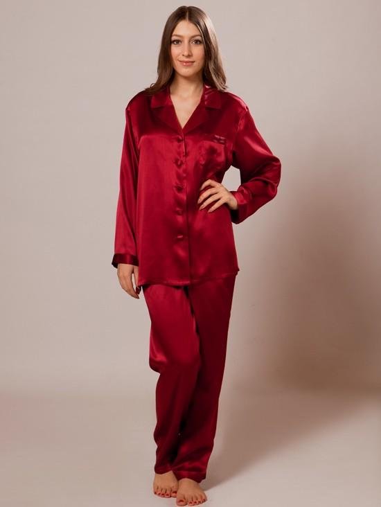 صورة ملابس نوم حرير , بيجامات نسائية خامات حرير ناعم