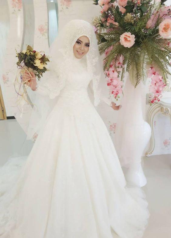 بالصور ازياء عرايس , فساتين فتيات محجبات في حفل الزفاف 701 8