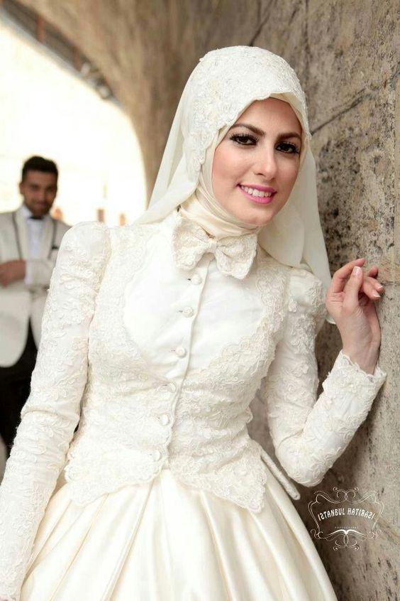 صوره ازياء عرايس , فساتين فتيات محجبات في حفل الزفاف