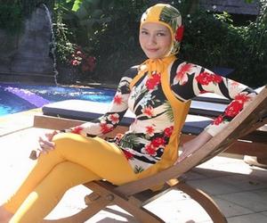 صورة ملابس سباحة للمحجبات , مايوهات شرعية للصبايا