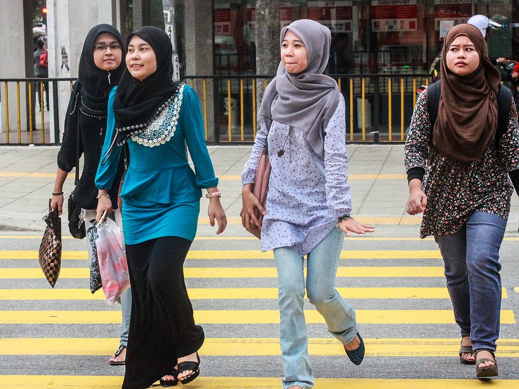 صور ملابس بنات سن 12 سنة محجبات , شوفوا اللبس المناسب للبنت المحجبة في هذا العمر