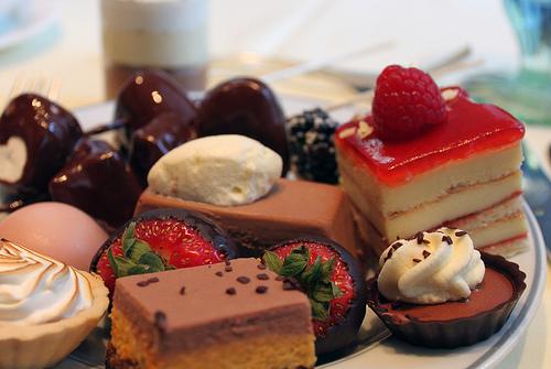 صورة حلويات في المنام , تفسير رؤية الحلوي في المنام