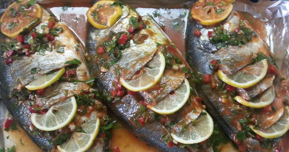 صور السمك المشوي بالفرن , طريقة شوي السمك في الفرن لنجلاء الشرشابي