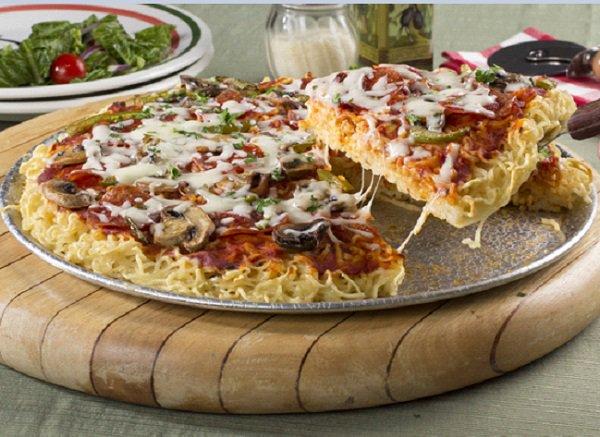 صورة طريقة عمل بيتزا المكرونة , طريقة جديدة لتحضير البيتزا