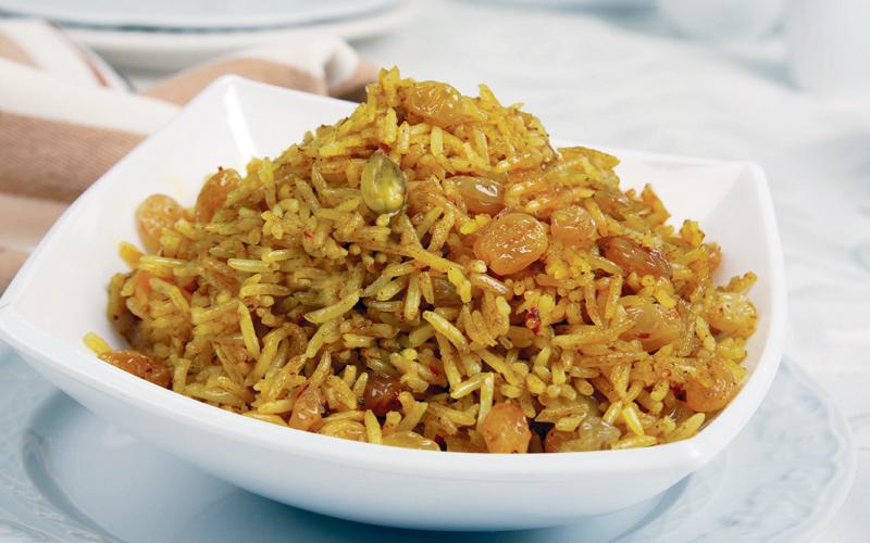 صورة ارز بالكبد والقوانص , طريقة خلطة الارز بكبدة الفراخ