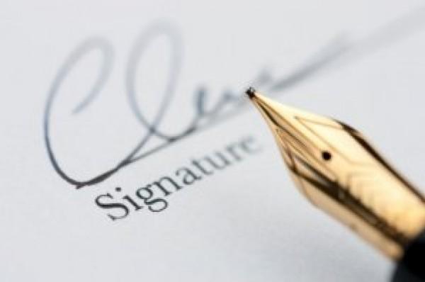 بالصور صور توقيع , اشكال كثيرة لتوقيعات اشخاص 960 2