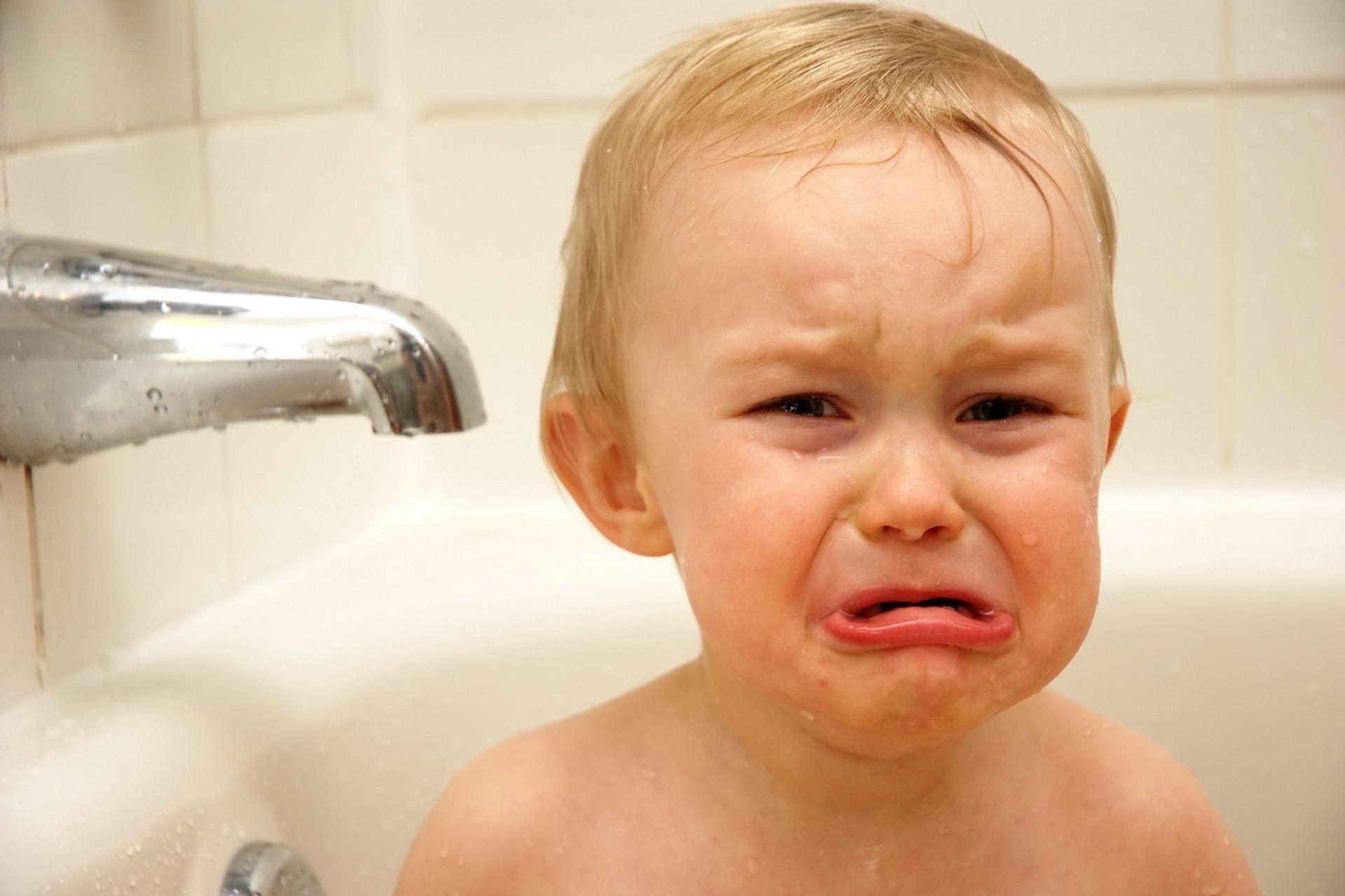صورة صور اطفال حزينه , صور اطفال تبكي