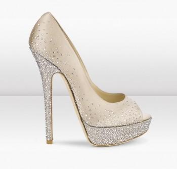 بالصور احذية عرايس كعب عالي , احذية بيضاء لاجمل عروس 5152 3