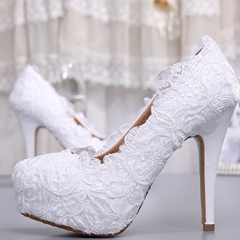 بالصور احذية عرايس كعب عالي , احذية بيضاء لاجمل عروس 5152 9