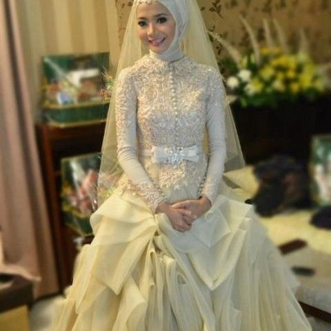 بالصور صور فساتين زفاف جميلة , بالصور اجمل فساتين الزفاف 5533 11