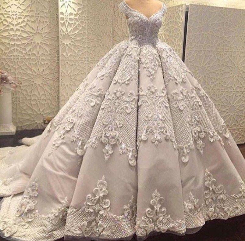 بالصور صور فساتين زفاف جميلة , بالصور اجمل فساتين الزفاف 5533 2