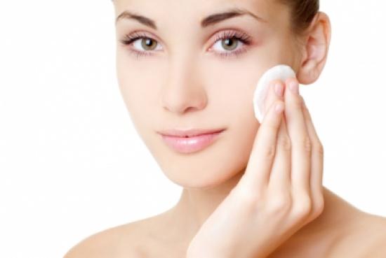 بالصور كيفية تنظيف الوجه , اسهل طريقه للحصول على بشرة صافية 6234 1