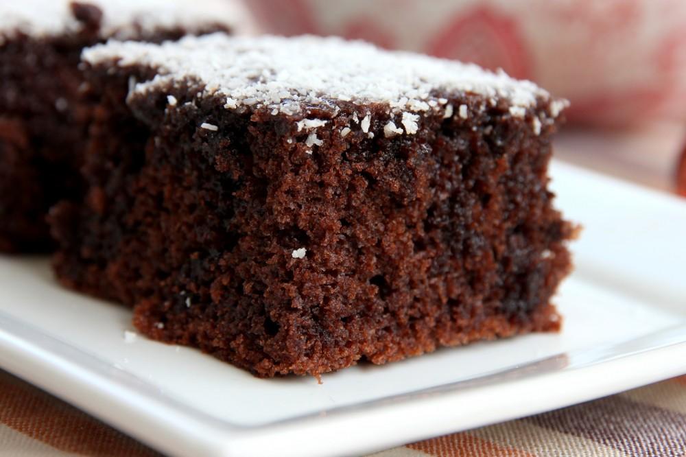 بالصور كيكة الشوكولاته بالصوص هشة ولذيذة بالصور من مطبخي , صور كيك شيكولاته 8024 8