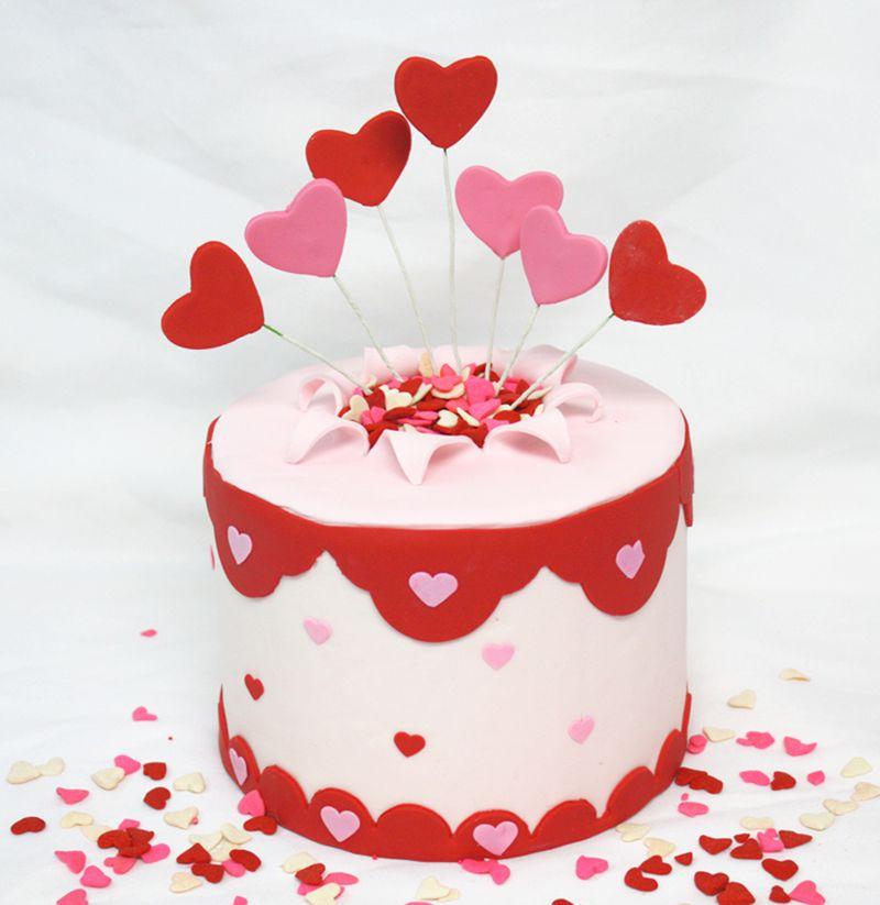 بالصور كيك عيد الحب , طريقة عمل كيكة عيد الحب 8192 1
