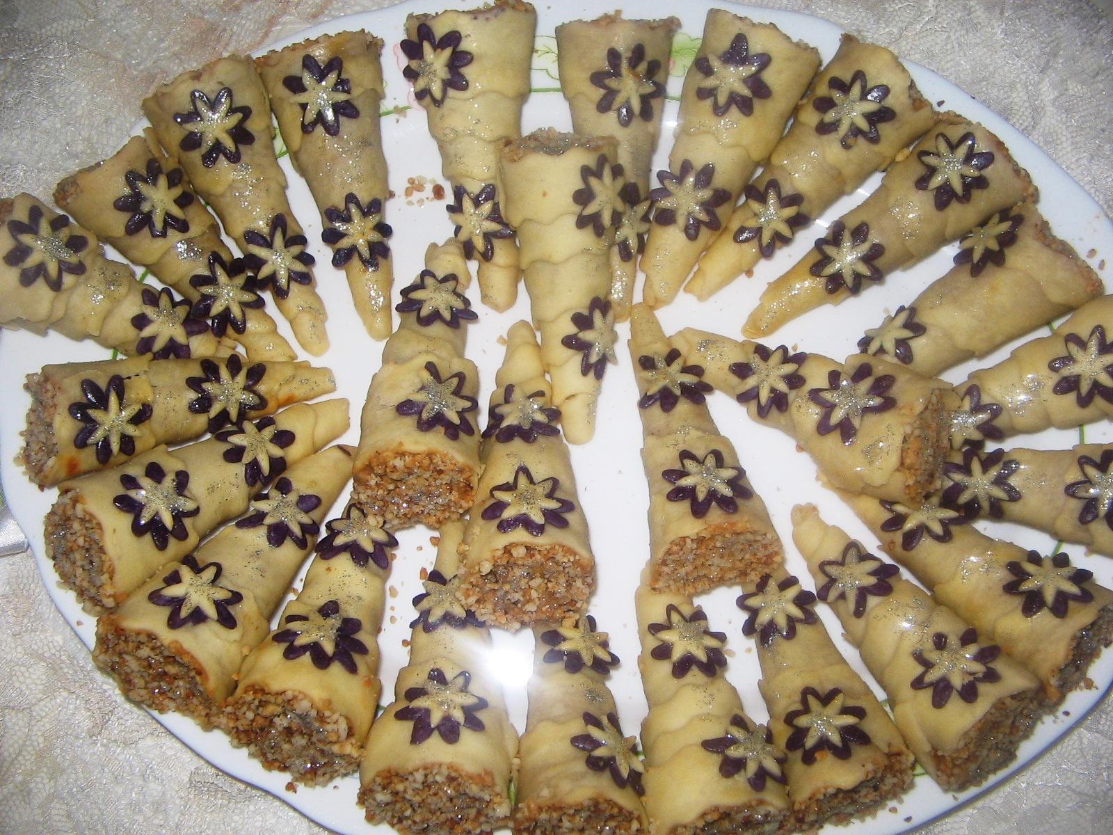 صوره حلويات العيد الجزائرية , اشهى انواع الحلويات الجزائرية في العيد