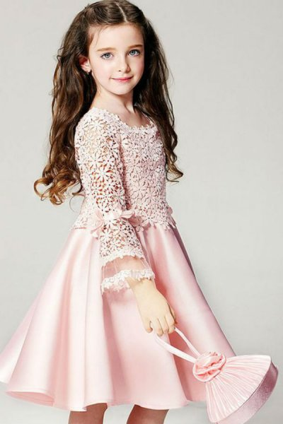 بالصور فساتين بنات صغيرات , اجمل فساتين اطفال كيوت ورقيقة 5700 7