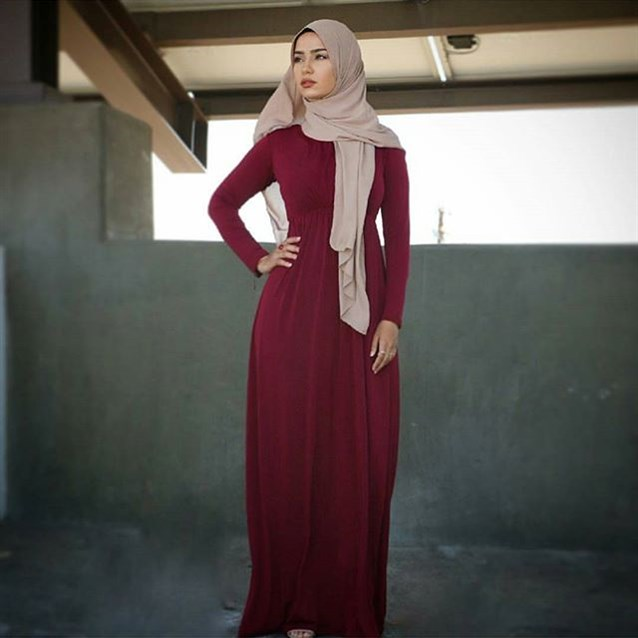 صورة فساتين قطن طويلة للمحجبات , فساتين خروج عالموضة تناسب حجابك