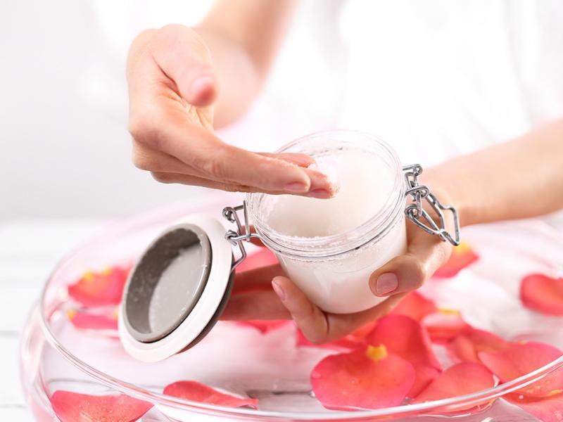 بالصور قناع لتقشير الوجه , السكر للتخلص من الجلد الميت 6256 1