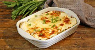 صورة صينية بطاطس بالجبن، مقبلات سريعه التحضير وذو مذاق لذيذ