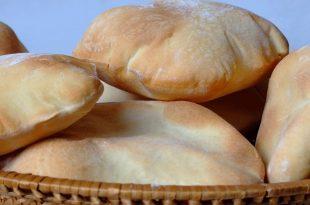 صورة كيفية صنع الخبز, طريقة اعداد و مقادير صنع الخبز العربي