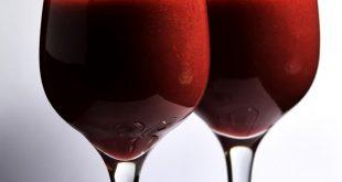 صورة عصير العنب الأحمر , مشروبات طاردة للسموم من الجسم