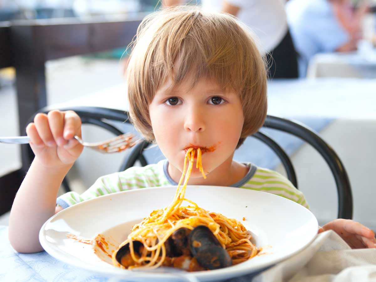 صورة اكل يسمن الاطفال، اطباق ووجبات تساعد علي نمو طفلك