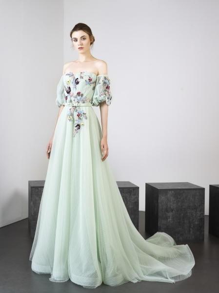 صورة موديل فساتين ناعمه, انواع اقمشة الفساتين الناعمة