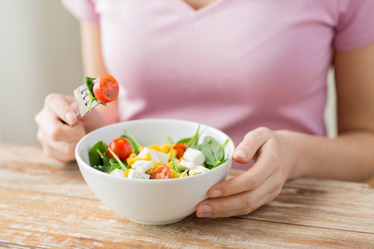 صورة اذاعة عن الصحة والغذاء، مكونات الاذاعه المدرسيه